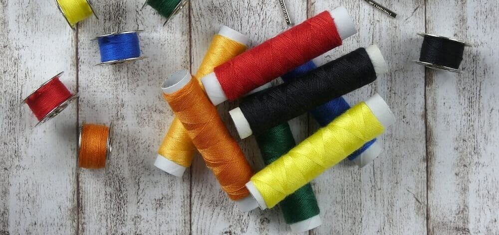 какими нитками шить